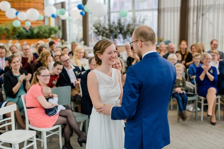 Willen jullie de bruiloft vieren in een kas en zijn jullie op zoek naar een botanische trouwlocatie? Ik geef je 8 tips voor trouwen in een kas!